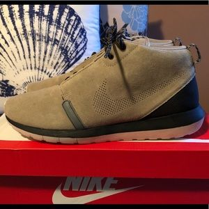 Nike Rosherun sneakerboot, used, size 11